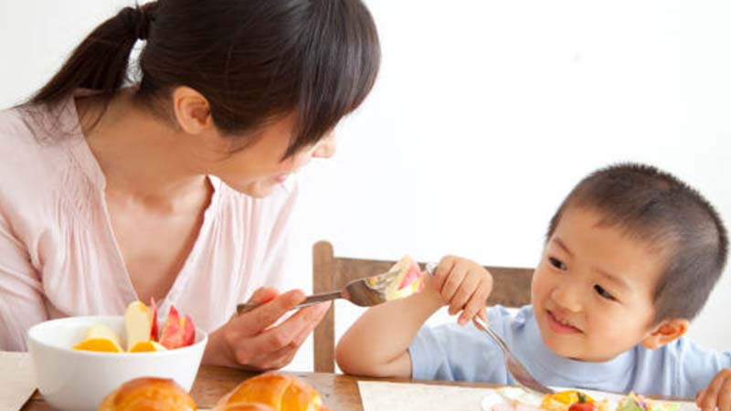5 Breakfast Tips to Boost Your Child's Energy